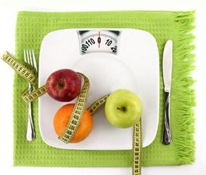 exemple-de-recettes-dietetiques-balance-avec-pommes