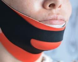 Masque ChinUp Sur Menton